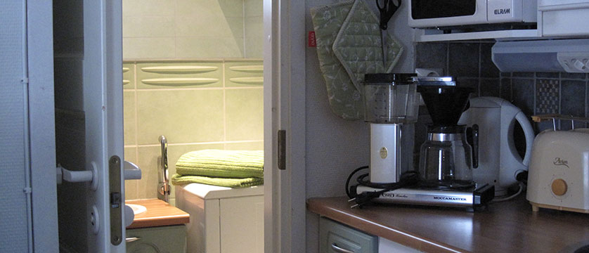 finland_lapland_Levilehto-Apartments_coffee.JPG